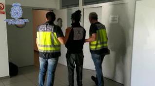 Detenido por traficar con hachís desde su domicilio de La Almozara