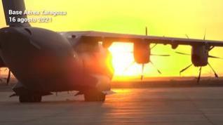 El primer avión para evacuar españoles y colaboradores sale de la Base de Zaragoza