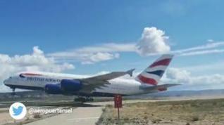 Despegue del primer A380 en el aeropuerto de Teruel
