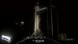 Despega con éxito la primera misión tripulada por civiles