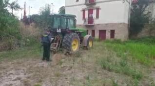 La Guardia Civil recupera un tractor sustraído en el año en 2011 y detiene al presunto autor