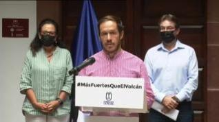 """El Cabildo de La Palma anuncia que la lava avanza """"rápida"""" hacia la costa"""