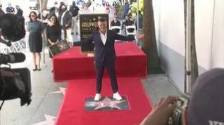 Alejandro Sanz ya presume de estrella en el Paseo de la Fama de Hollywood