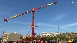 Atracción 'Gigant XXL', en el recinto ferial de Valdespartera