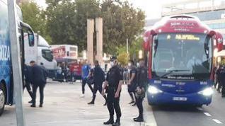 Así ha sido la llegada de la SD Huesca a La Romareda