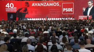 Pedro Sánchez completa su puzle con la lealtad de Felipe González