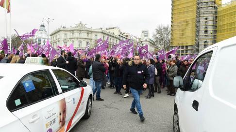 Cortes de tráfico en Madrid con motivo de los paros del Día de la Mujer.