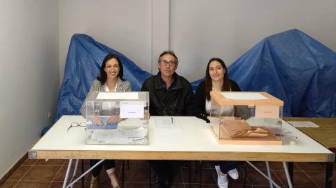 Imagen de la única mesa electoral de Atea.
