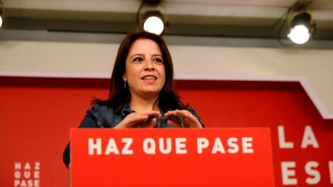 La vicepresidenta general del PSOE, Adriana Lastra, durante su rueda de prensa en la sede del partido.