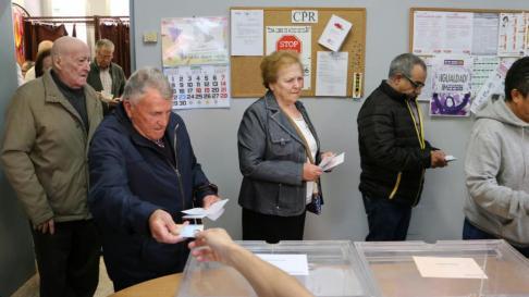 Los colegios electorales han abierto con normalidad en Aragón.