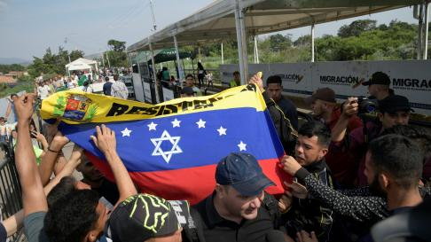 Manifestación en Caracas en apoyo al presidente interino de Venezuela, Juan Guaido.