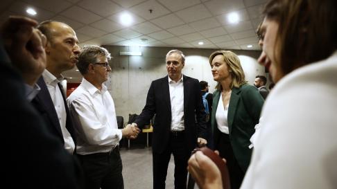 Minutos antes del inicio del debate electoral para la Alcaldía de Zaragoza.