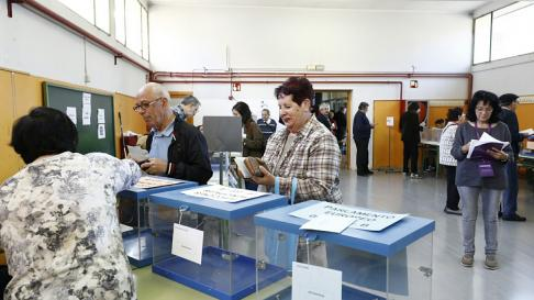 Colegio electoral en Zaragoza