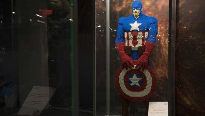 Capitán América, de Los Vengadores, en Lego.