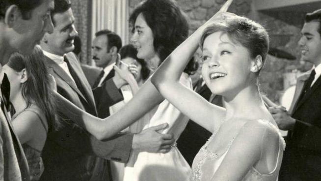 Pepa Flores, cuando era Marisol, en una de sus películas de juventud.