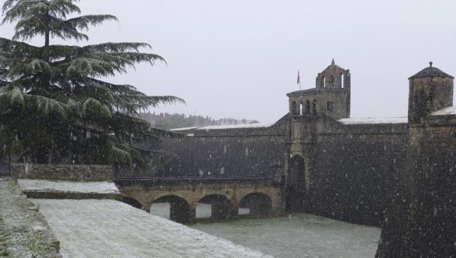 La Ciudadela de Jaca nevada.