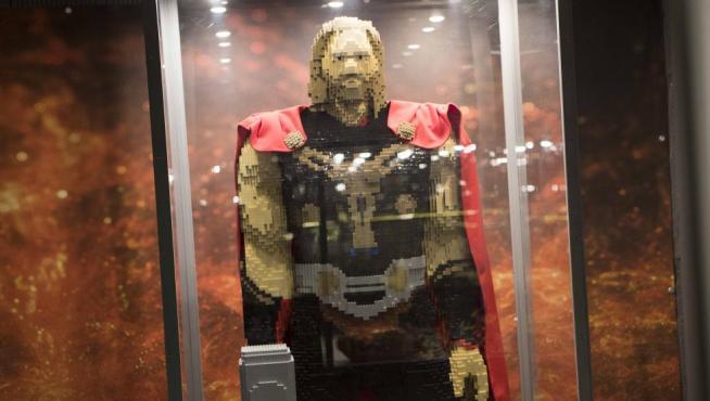 Thor, de Los Vengadores, en Lego
