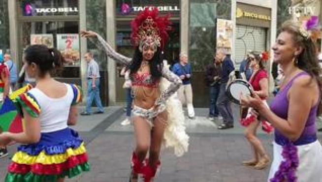 Arranca el EIFOLK 2019 con su tradicional desfile por el centro de Zaragoza