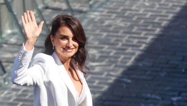 Penélope Cruz recibe el premio del Festival de Cine de San Sebastián