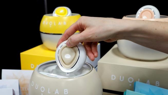 Duolab, a home device (33464148)