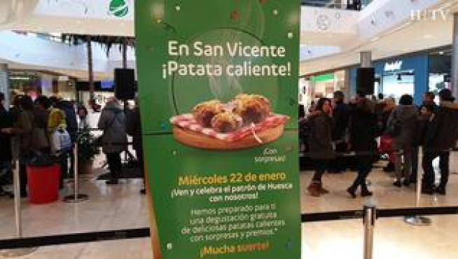 Patatas calientes para celebrar San Vicente... en Intu Puerto Venecia