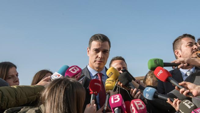 Pedro Sánchez, este miércoles, en su visita a las zonas afectadas por la borrasca Gloria en Mallorca