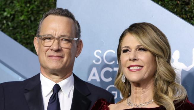 FILE PHOTO: Tom Hanks and Rita Wilson