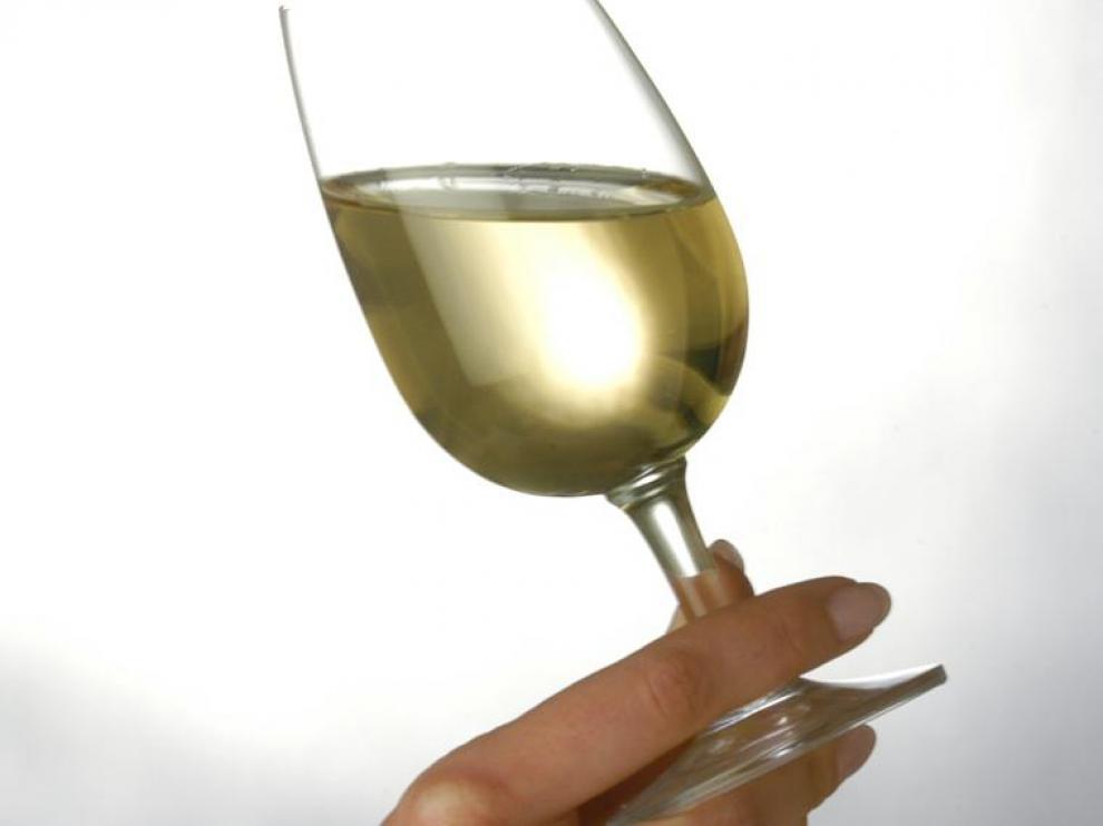 El menú estará maridado con diversos vinos blancos escogidos por el sumiller Jesús Solanas.