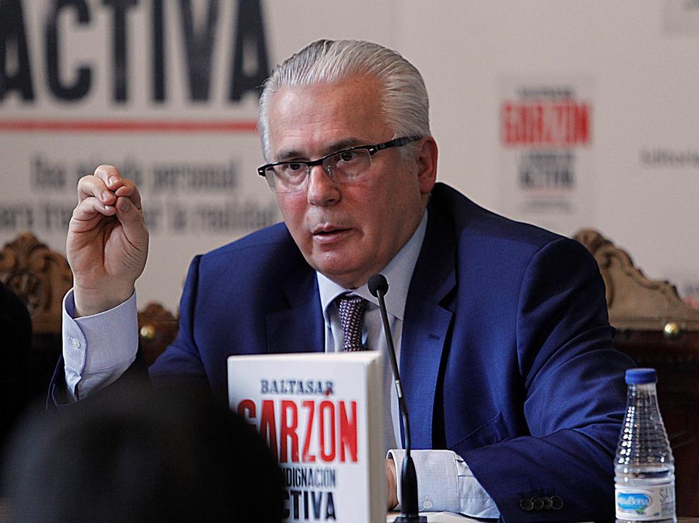 Baltasar Garzón durante la presentación de su nuevo libro, 'La Indignación Activa'