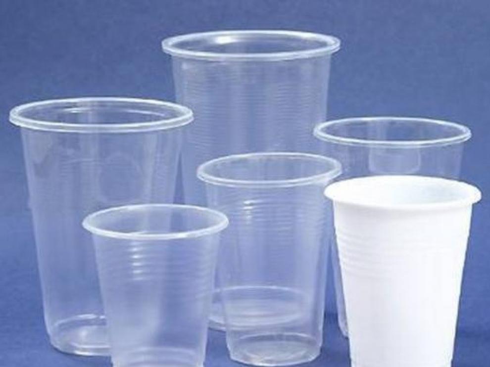 El Congreso decide prohibir los platos, vasos y cubiertos de e plástico desechables en 2020.
