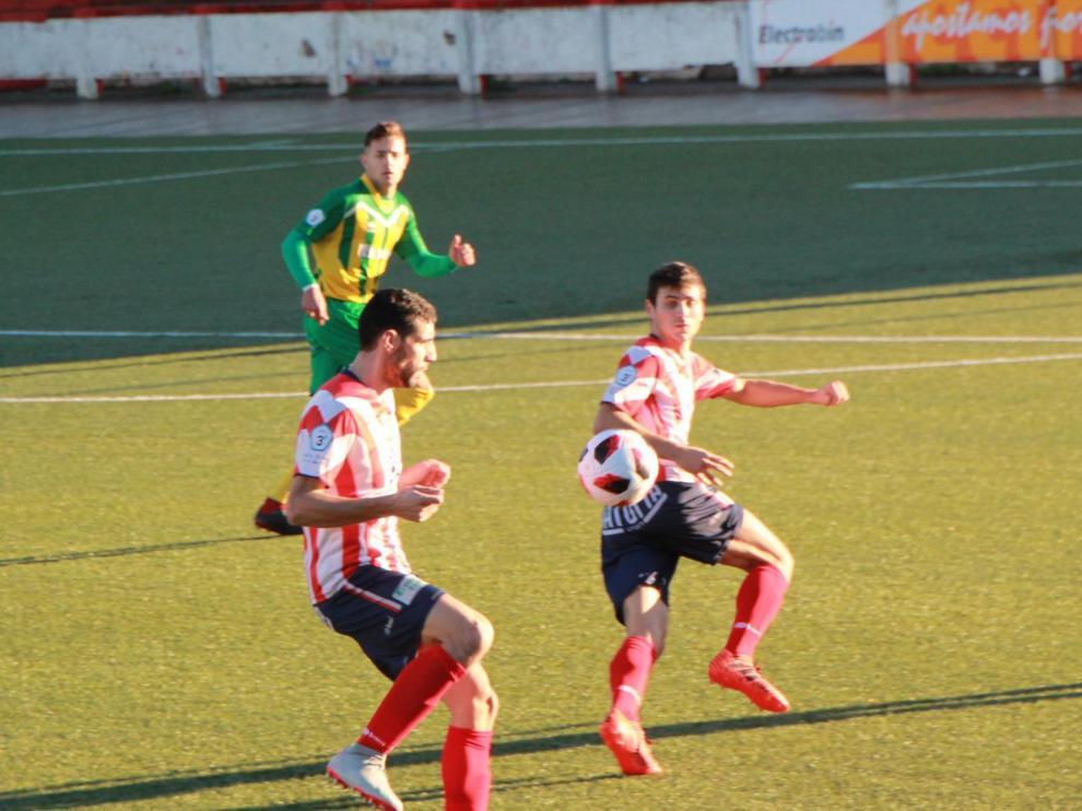 Fútbol. Tercera División- Monzón vs. La Almunia.