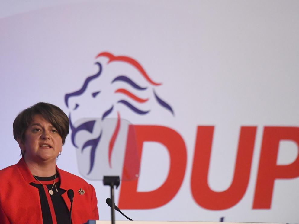 Arlene Foster, líder del Partido Democrático Unionista (DUP) de Irlanda del Norte.