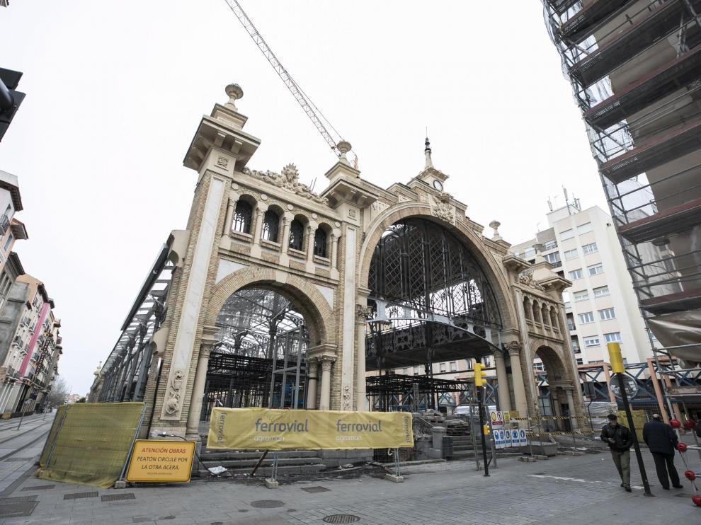 Obras de rehabilitación en el Mercado Central de Zaragoza que previsiblemente estarán acabadas para las Fiestas del Pilar