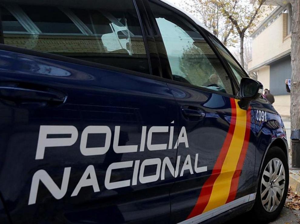 Imagen de archivo de un coche patrulla de la Policía Nacional.