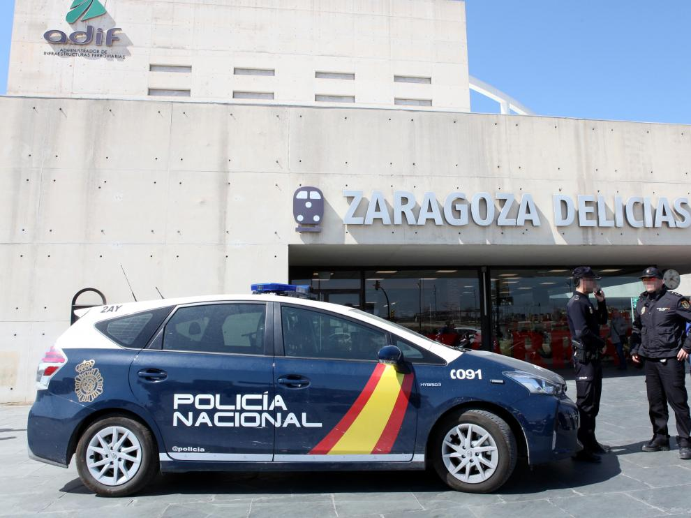 Policía estación de Delicias