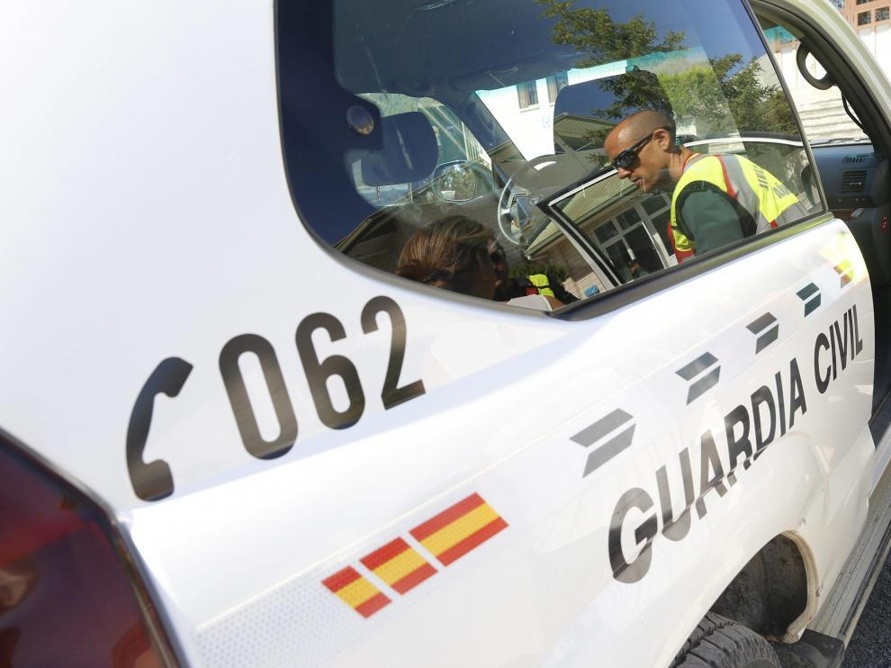 Imagen de archivo de un coche patrulla de la Guardia Civil.