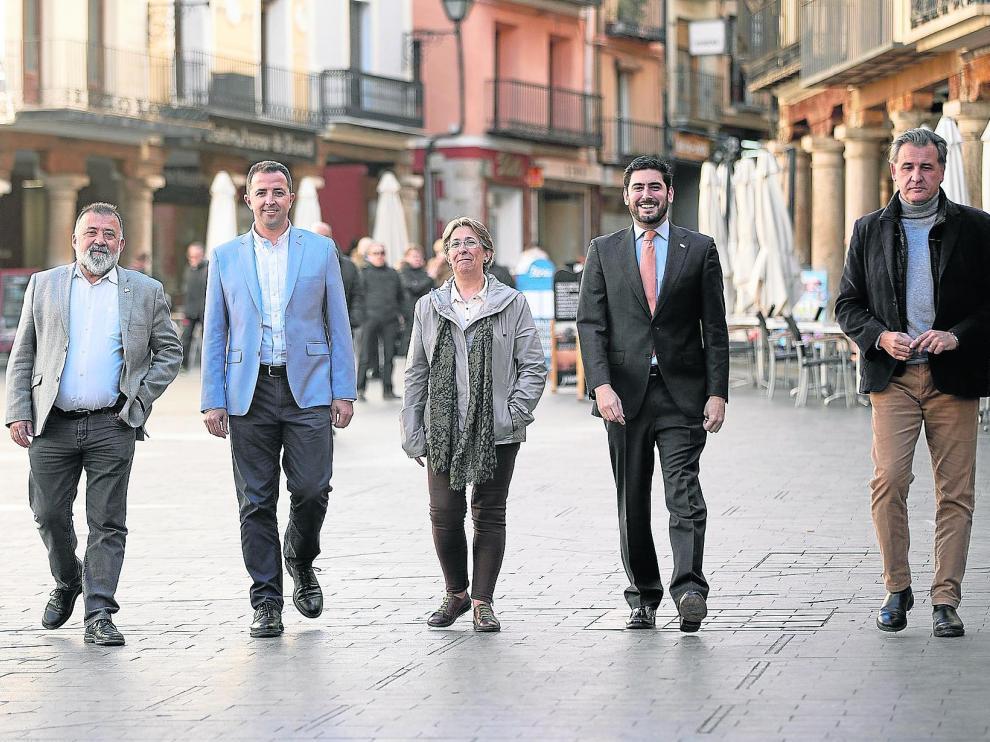 De izquierda a derecha: Herminio Sancho, Alberto Herrero, Blanca Villarroya, Alejandro Nolasco y Joaquín Moreno.
