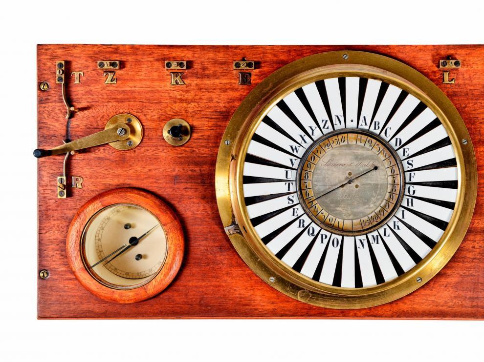Réplica del telégrafo de aguja, según un modelo de 1847.