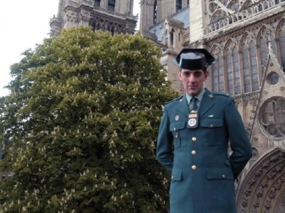 La Guardia Civil envía una carta de apoyo al Rector de la Catedral de Notre Dame.