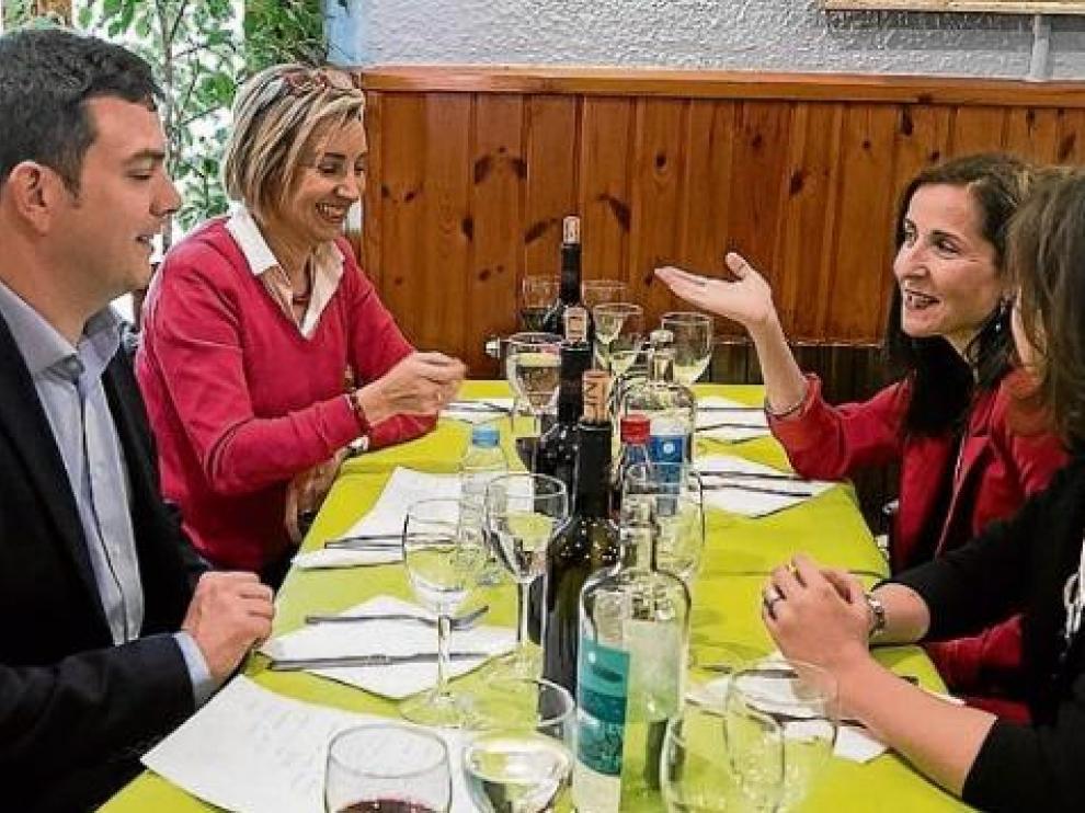 Alberto Jiménez, Teresa Fernández, Alejandra Cortés y Pilar Fernández de Alarcón