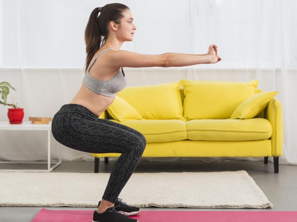 Las sentadillas, los 'langes' o las planchas son algunos de los ejercicios de esta modalidad.