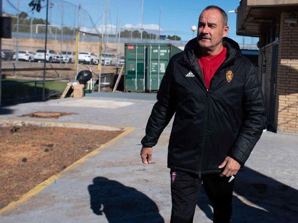 Víctor Fernández, en la mañana de este viernes en la Ciudad Deportiva, tras atender a los medios de comunicación.