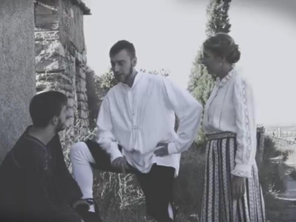 Fotograma del corto 'Enlucernaus', en aragonés
