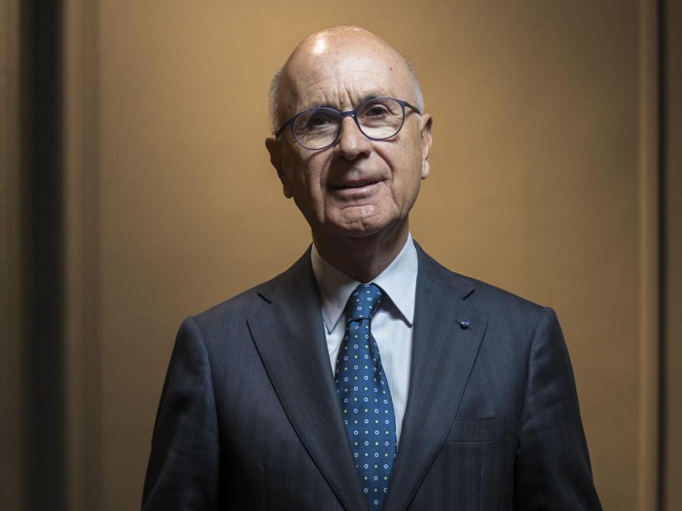 CONTRAPORTADA. Hall del Gran Hotel. Entrevista a Josep Antoni Duran i Lleida. Por su libro 'El riesgo de la verdad'. / 07-05-2019 / FOTO: GUILLERMO MESTRE [[[FOTOGRAFOS]]]