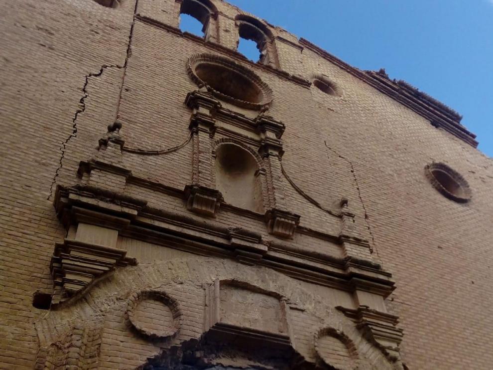 Fachada del convento de San Rafael.