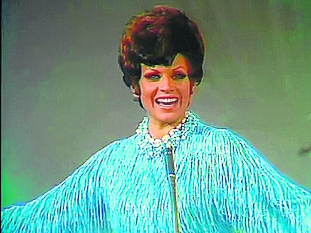 Salomé, con el vestido que Pertegaz diseñó para Eurovisión.