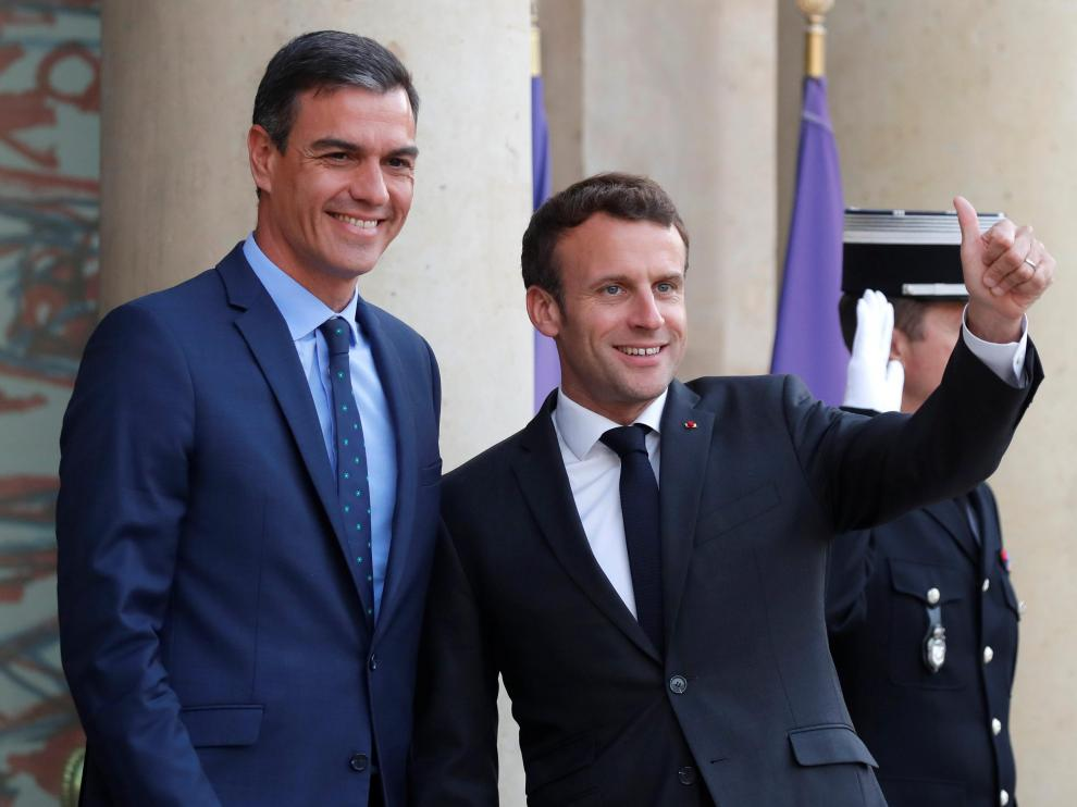 Pedro Sánchez se reúne con el mandatario francés, Emmanuel Macron, en París.