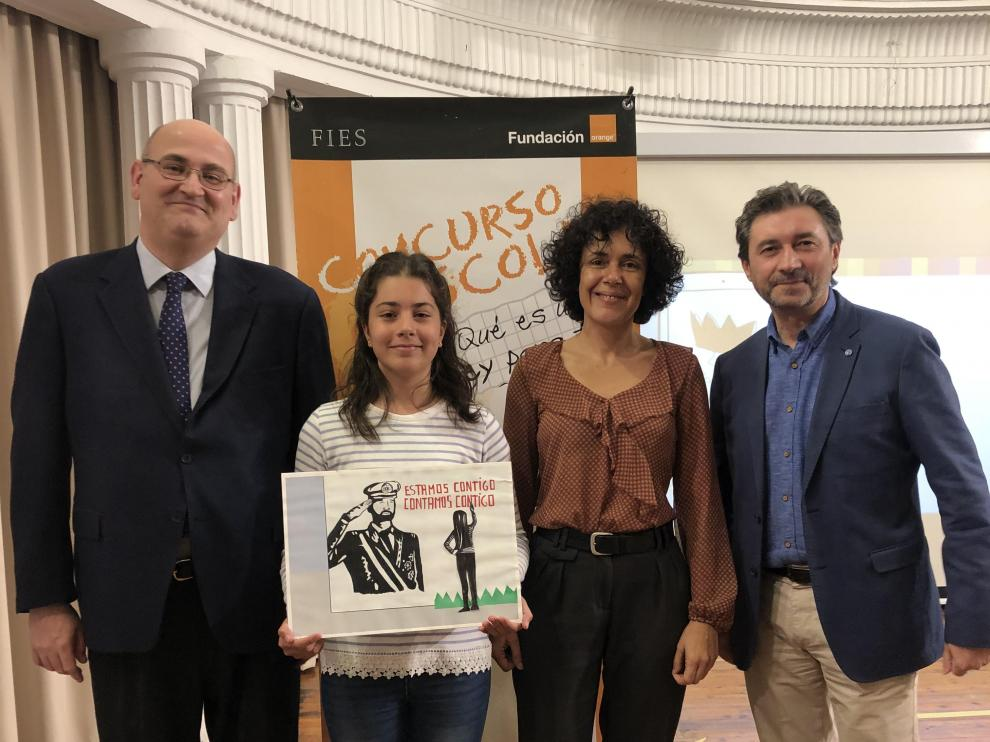 """Paula Uriel Rodríguez, alumna de 6º de Primaria en el C.E.I.P. Miguel Artazos Tamé, de Utebo, representará a Aragón en """"¿Qué es un rey para ti?"""""""