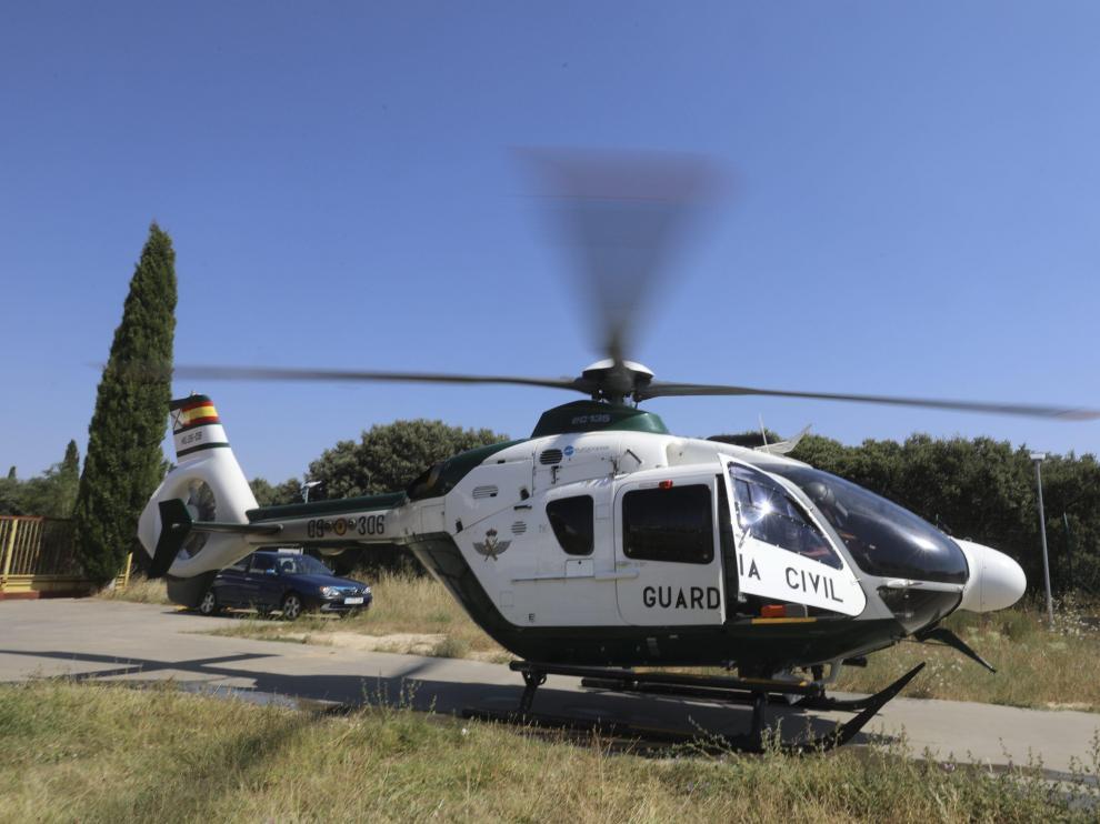 Los pilotos de la Unidad de Helicopteros de la Guardia Civil se preparan para una salida / 25-7-18 / Foto Rafael Gobantes [[[FOTOGRAFOS]]]