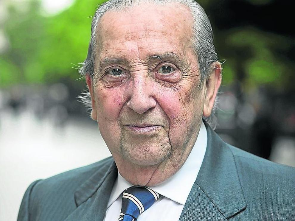 El médico Gustavo Cimorra se jubiló en 2007.